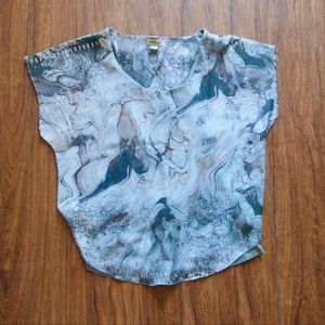 One World Marbled Blouse and Tank Size S